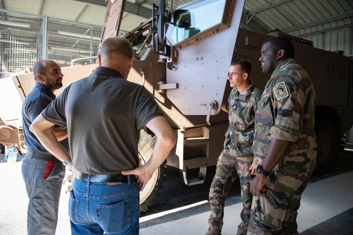 French 21st Marine Infantry Regiment Receives VBMR Griffon Armored Vehicles
