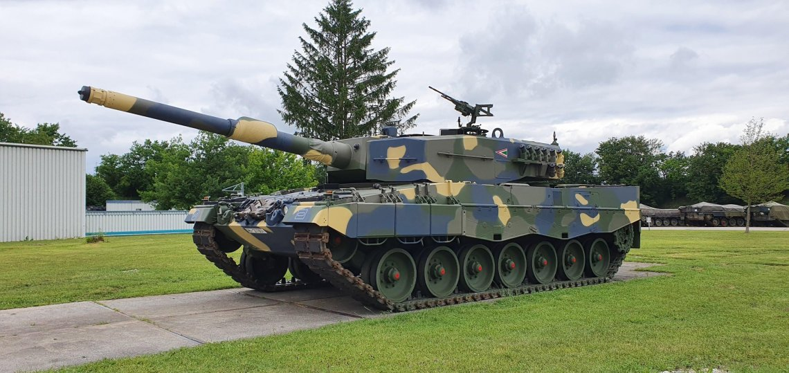 Hungarian Army Leopard 2A4 Main Battle Tanks Are Ready