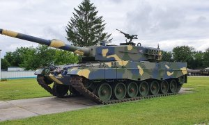 Hungarian Army Leopard 2 Main Battle Tanks Are Ready