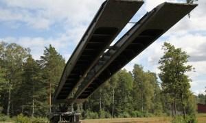 German Army Receives Further Leguan Leopard 2 Bridge Layer