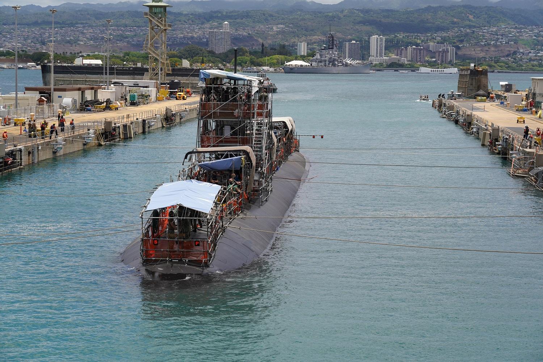 Pearl Harbor Naval Shipyard Successfully Undocks USS Columbia (SSN 771)