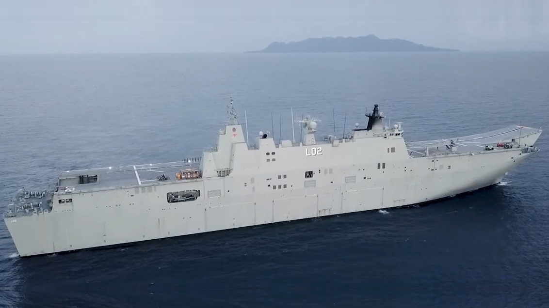 RAN HMAS Canberra Returns to Australia
