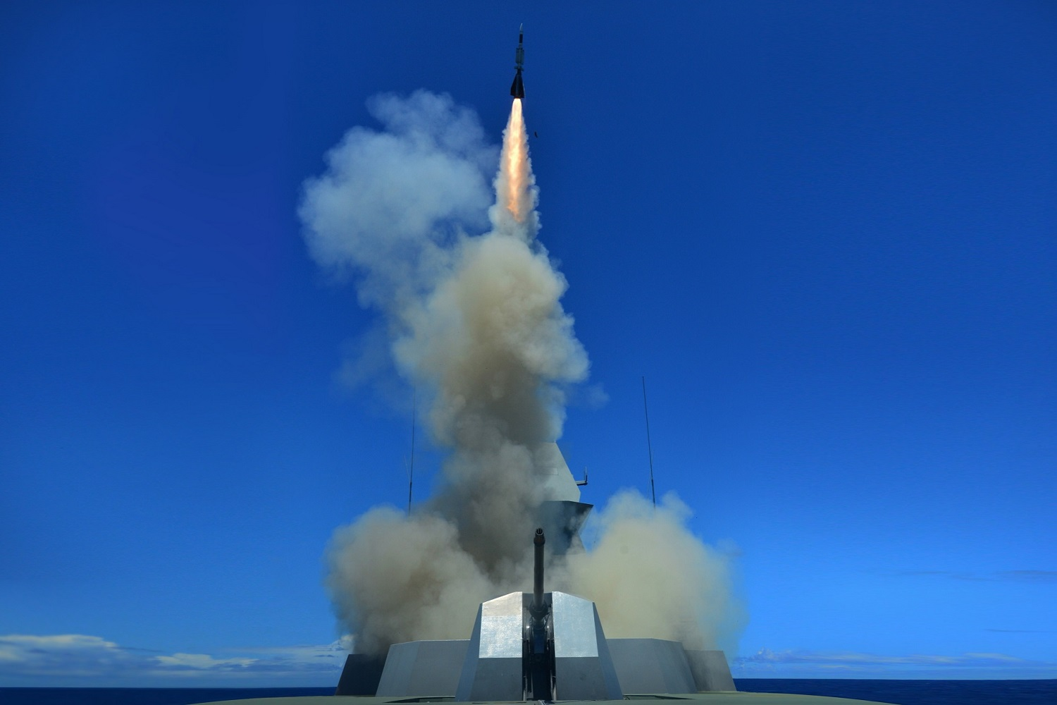 RSS Supreme Succesful Firing Aster SAM During RIMPAC 2020