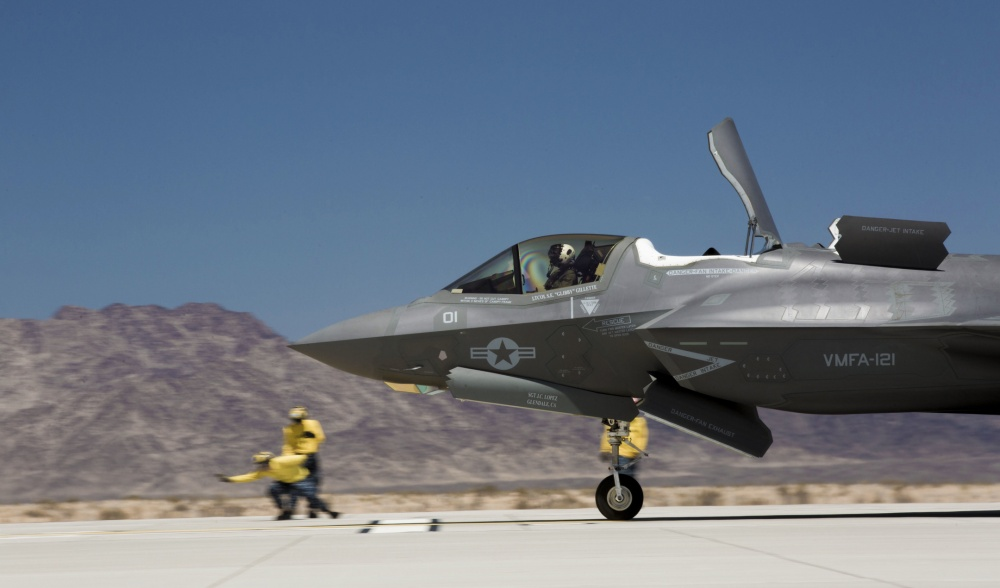 F-35B Lightning II Performs FCLP Training at U.S. Marine Corps Air Station (MCAS) Yuma