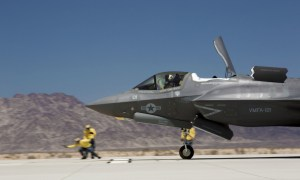 F-35B Lightning II Performs FCLP Training at MCAS Yuma