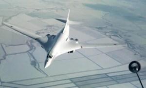 Russian Tu-160 Practice Mid-Air Refueling Over Volga Region
