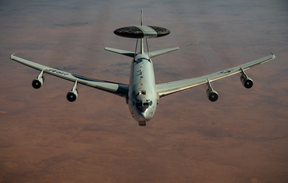 Rockwell Collins Awarded $17 Million for US Air Force E-3 AWACS DRAGON Upgrades