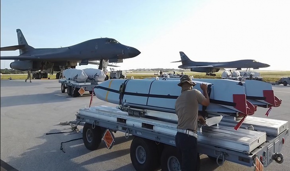 AGM-158 JASSM (Joint Air-to-Surface Standoff Missile)