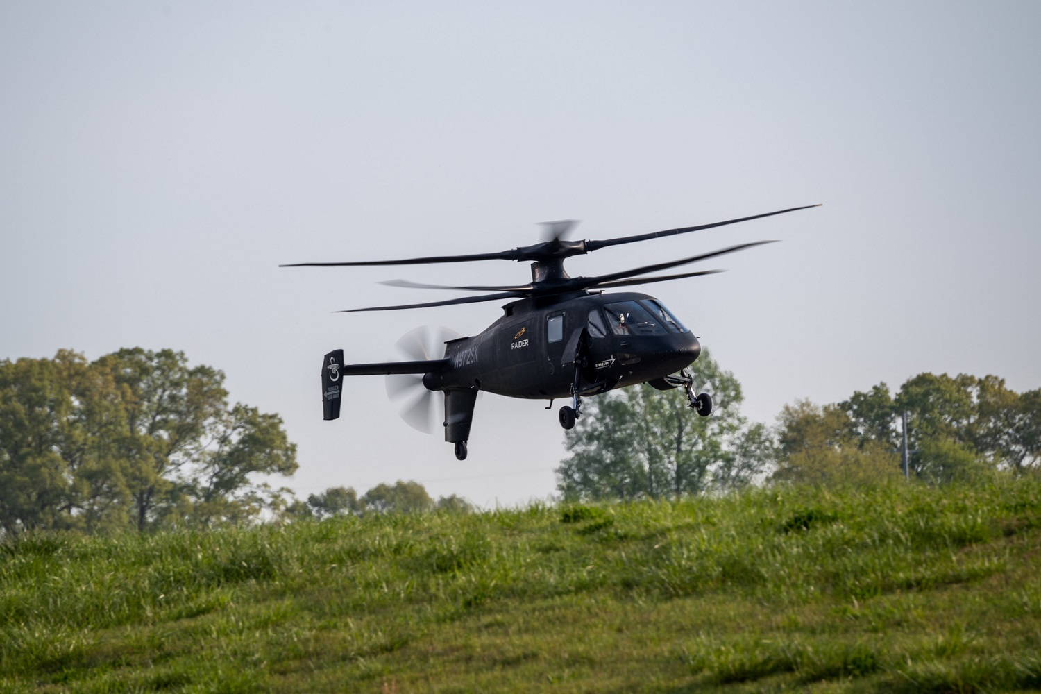 Lockheed Martin Demos Sikorsky S-97 RAIDER Raider Helicopter for US Army