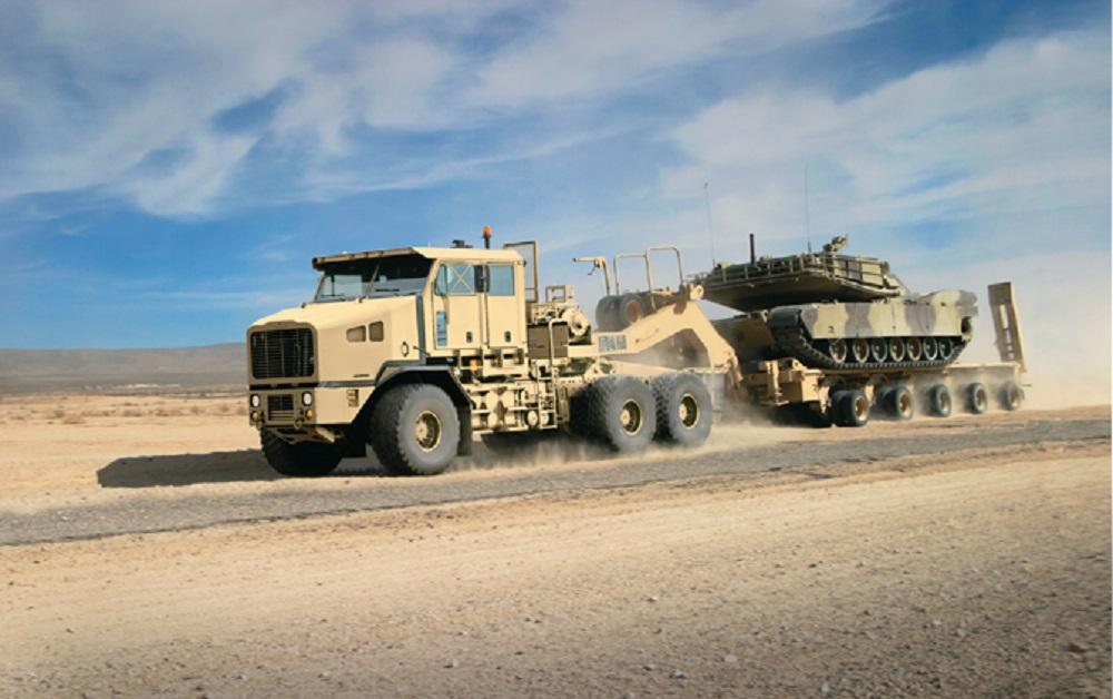 Oshkosh Defense Heavy Equipment Transporter (HET) A1 (M1070A1)