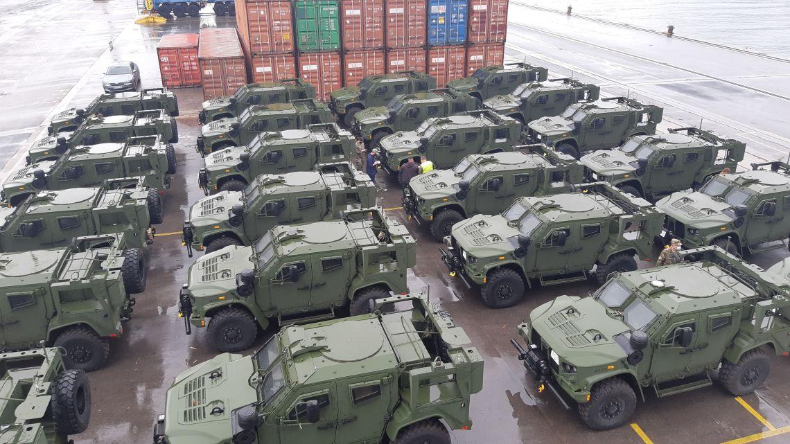 Slovenian Ministry of Defense Receives Oshkosh 4×4 JLTV (Joint Light Tactical Vehicles)
