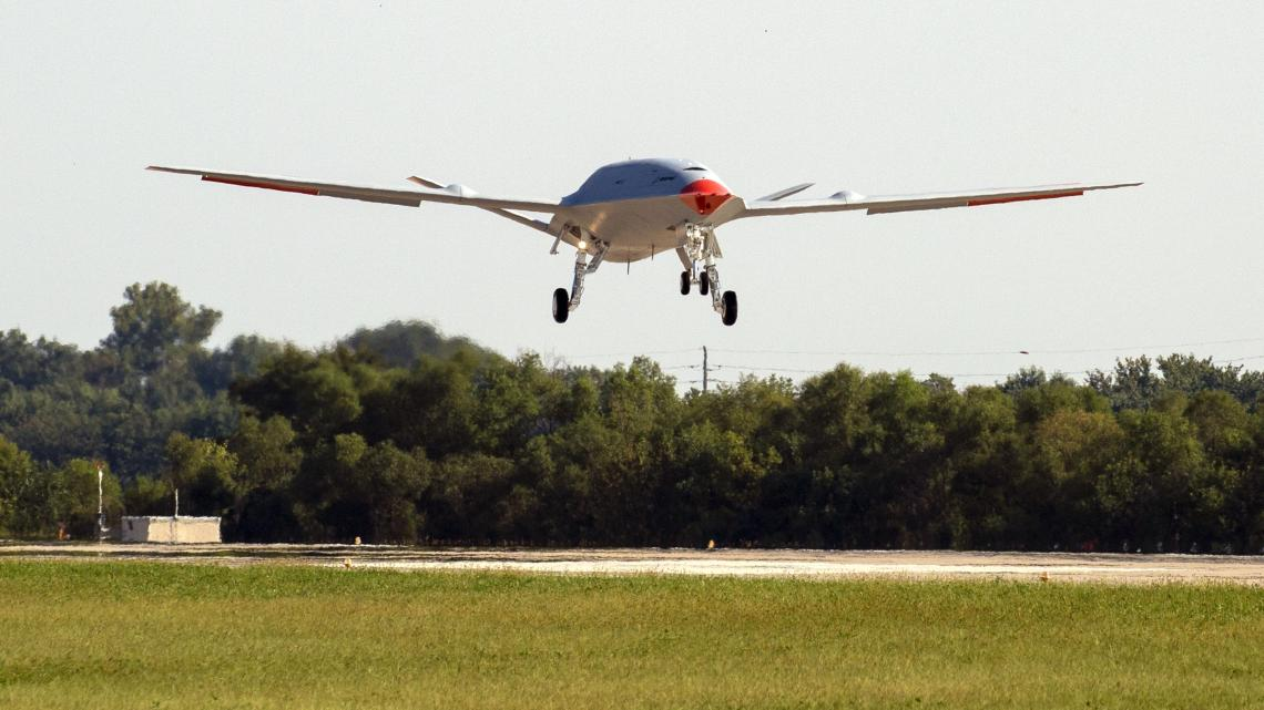 Boeing MQ-25 Stingray First to Conduct Unmanned Aerial Tanking