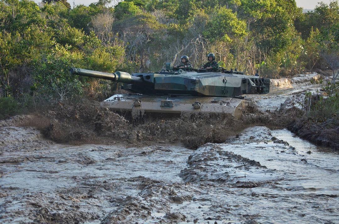 Indonesian Army Leopard 2RI