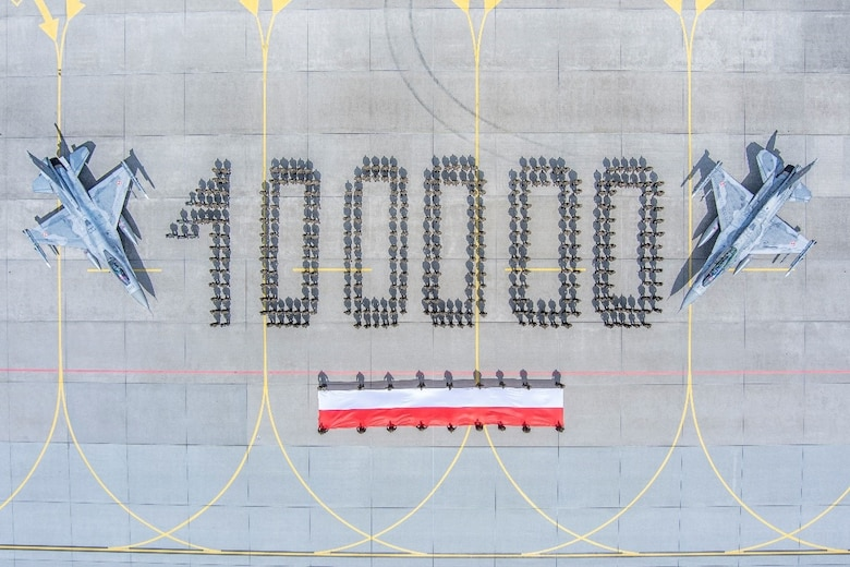 Polish Air Force F-16 Fighters Fleet Crosses 100,000 Flight Hours Milestone