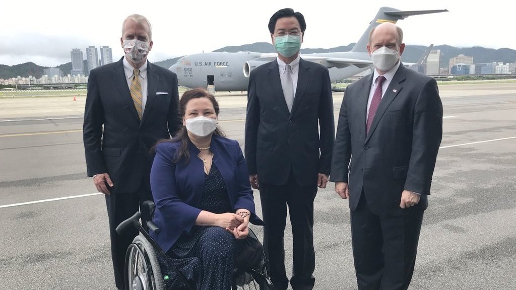 US Senate Delegation Arrives in Taiwan with C-17 Military Transport Aircraft