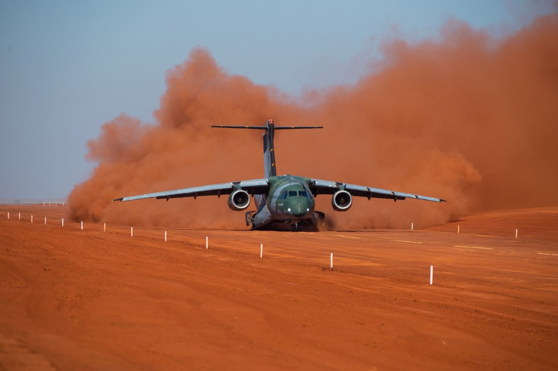Embraer C390 Millennium Military Transport Aircraft Successfully Performs Unpaved Runway Tests