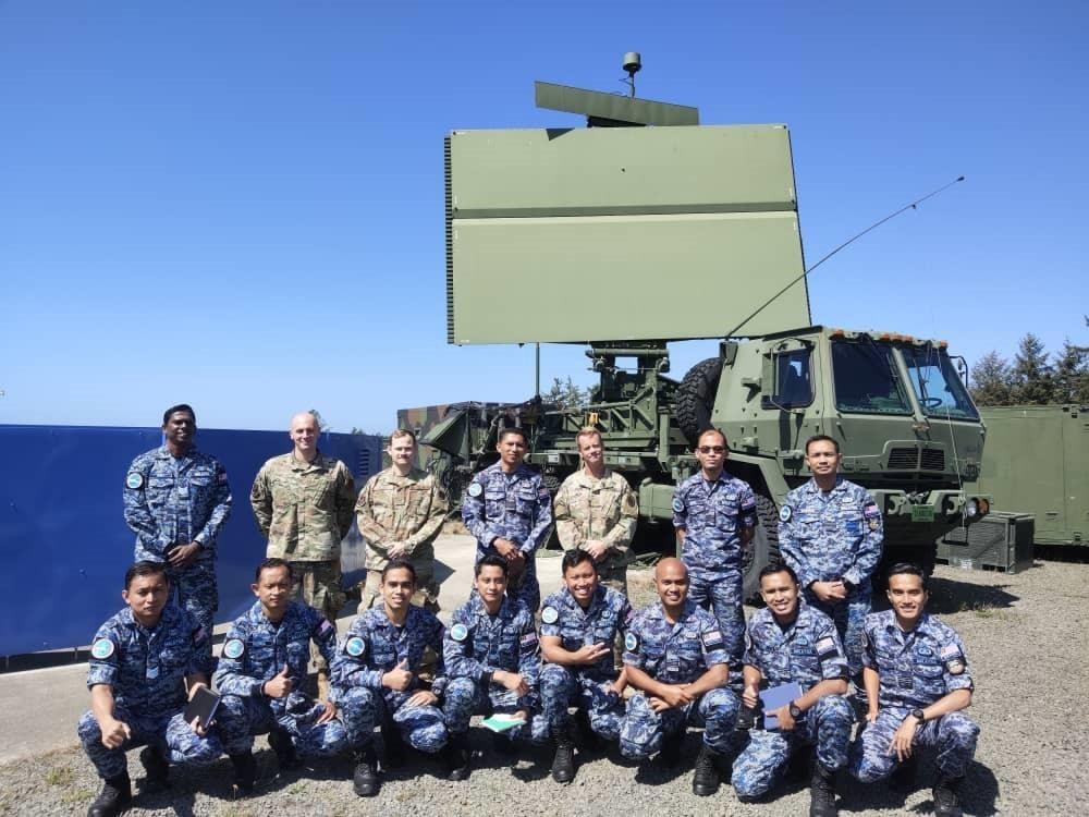 Royal Malaysia Air Force receives radar operations training at Camp Rilea