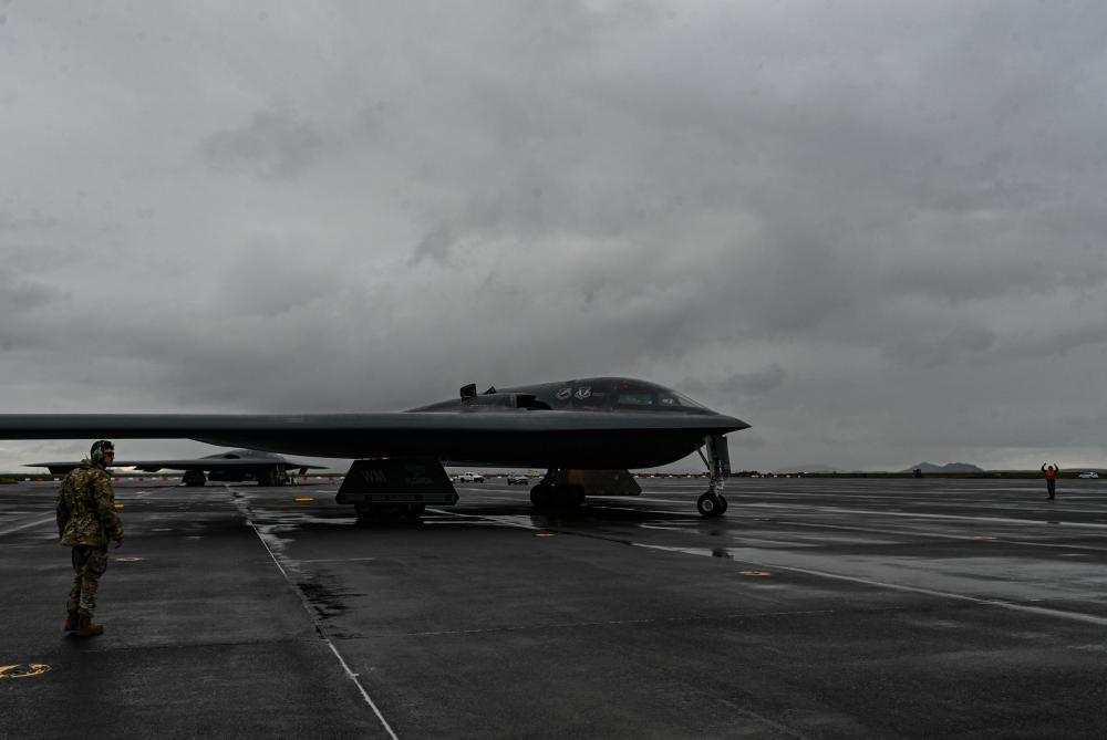 US Air Force B2 Spirit Strategic Bomber Aircraft Flies Alongside Fifth-generation Allies
