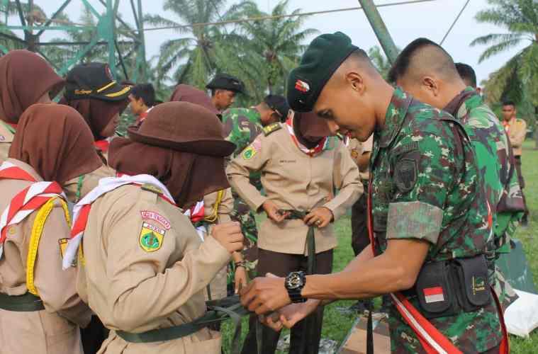 Pramuka dan TNI
