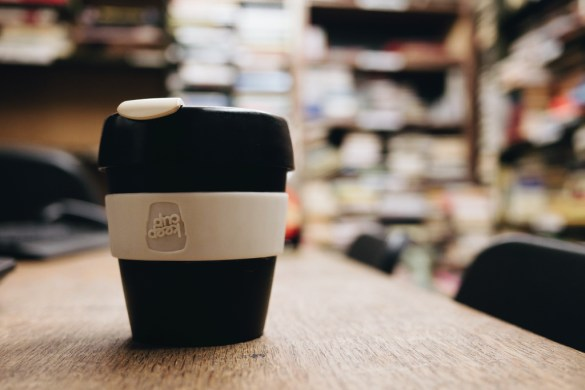 Reusable coffee cup by Damian Cugley_on flickr