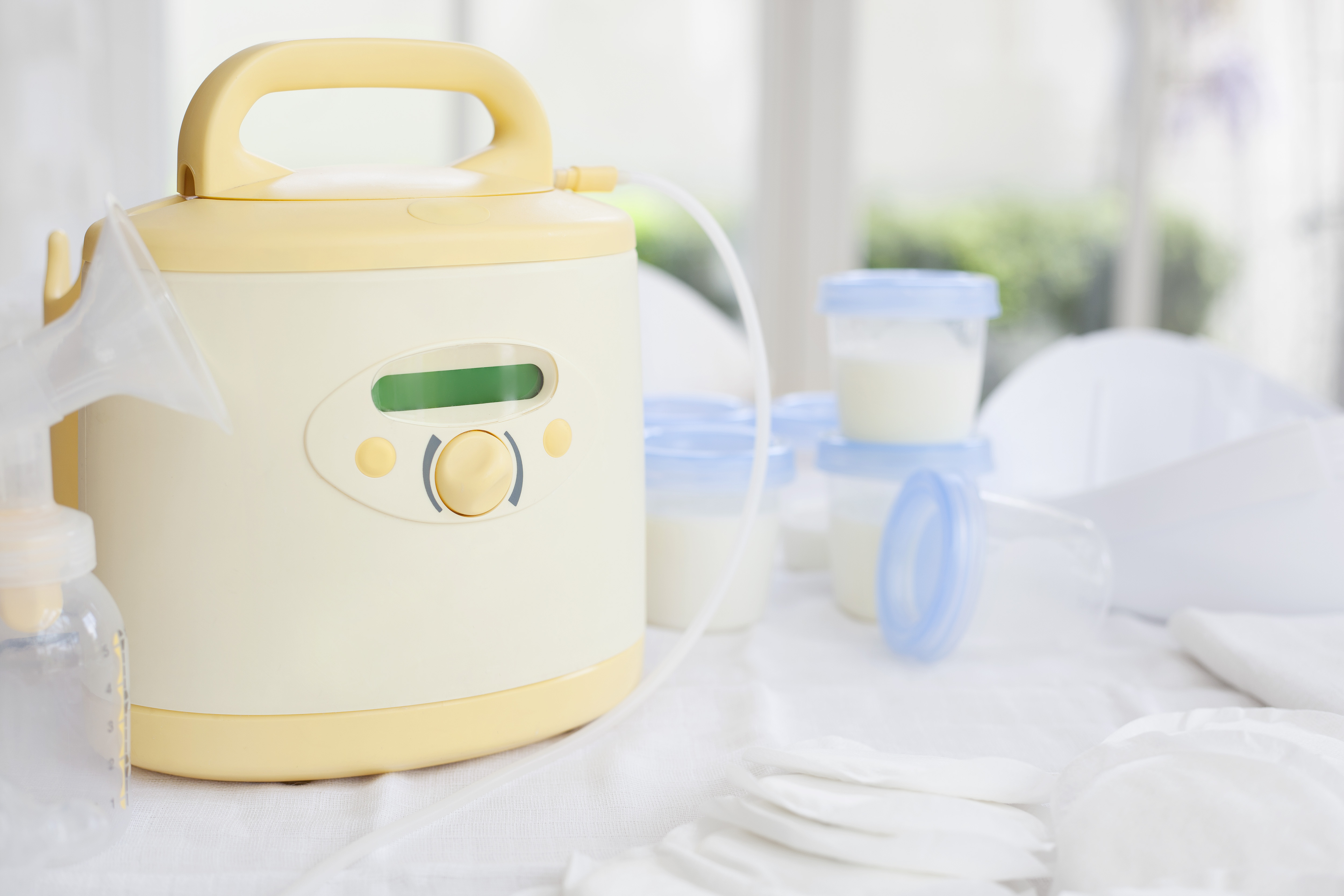 Did you know that you can qualify to get a FREE breast pump through your insurance? Changes in the laws have opened the door to nursing moms, IF you can navigate the red tape and hurdles involved. Here's how! #Breastfeeding #BreastPump #Free