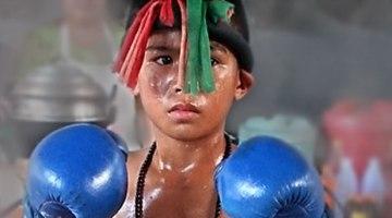 child-muay-thai-fighter