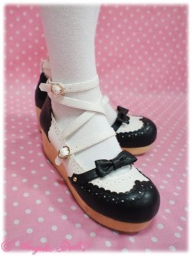 Angelic Pretty Academy Shoes Black x White