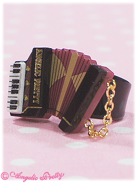 Angelic Pretty British Accordion Ring Black