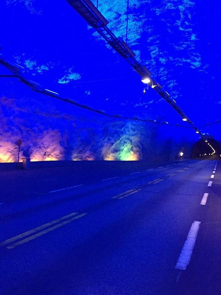 64 Tunnel