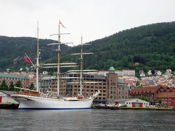 84 Bergen