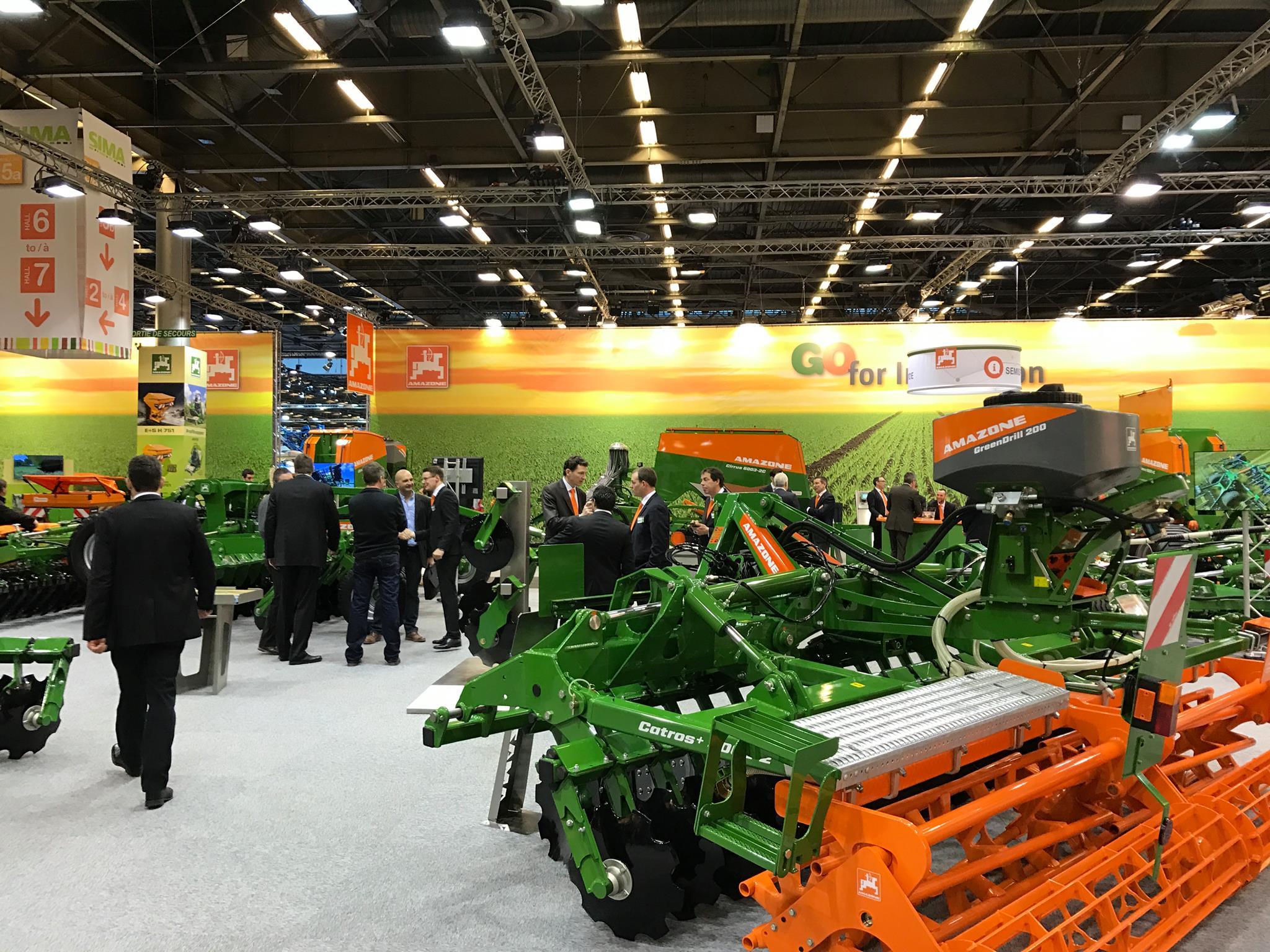 Feria de agricultura y maquinaria agrícola