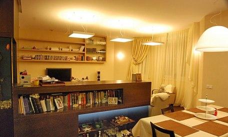 Дизайн интерьера квартиры. Книжная стойка