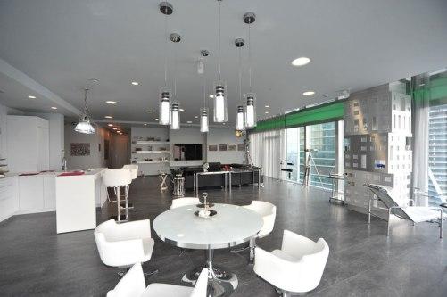 Дизайн интерьера квартиры в стиле хай-тек. Гостиная