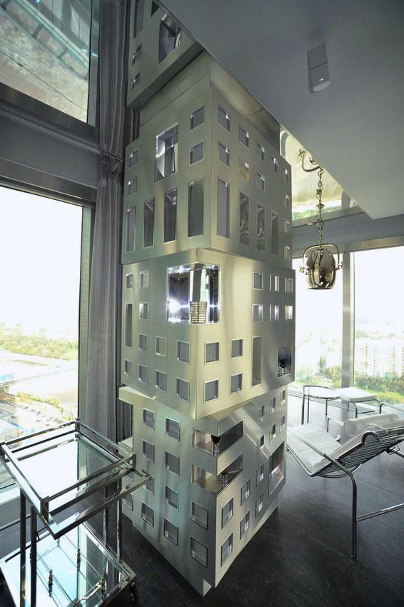Дизайн интерьера квартиры в стиле хай-тек. Несущая колонна в гостиной