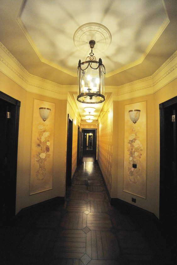 Дизайн интерьера в английском стиле. Холл, коридор