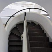 Le Corbusier, la villa Savoye, Escalier a spirale - Spiral staircase