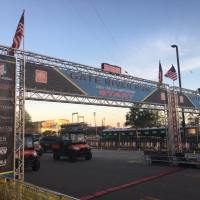 "Race Review: 2017 Gate River Run (3/11/2017), or: ""Early morning sunshine, tell me all I need to know..."""