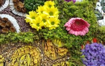 Close up of Buxton well dressing