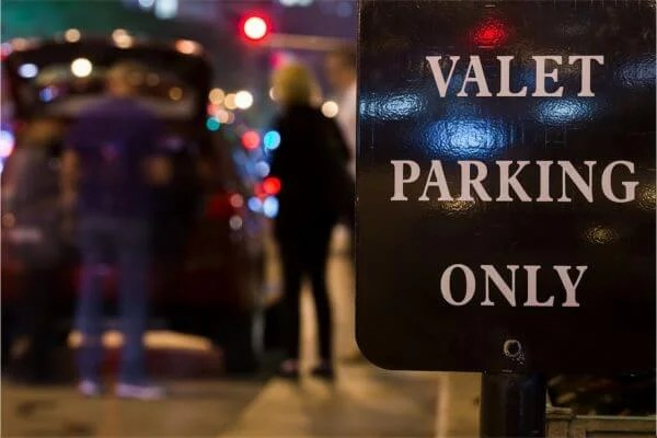 Avoid Outrageous Hotel Parking Fees
