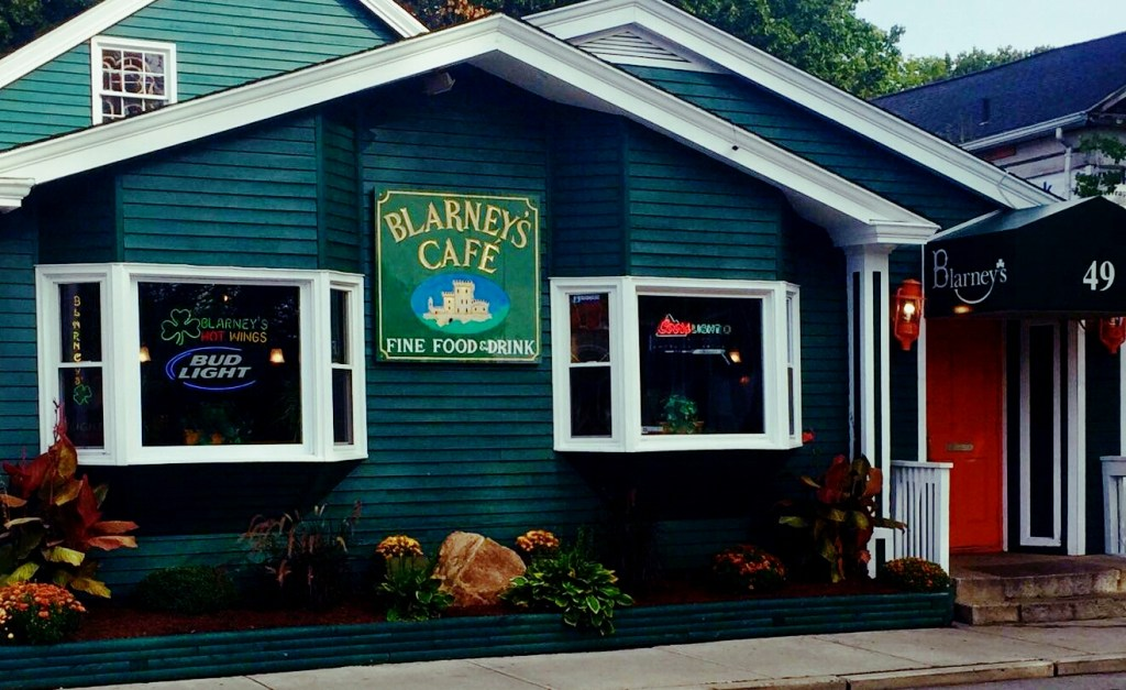Blarney's (Irish/American) - 49 High St.