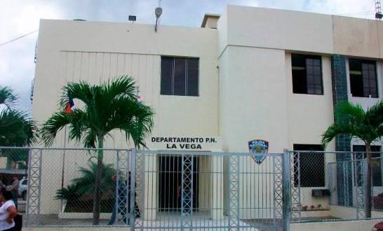 La Vega: Doce reclusos de cárcel preventiva dan positivo al COVID-19