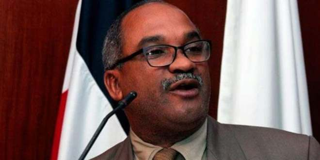 Renuncia director de comunicación estratégica de Salud Pública