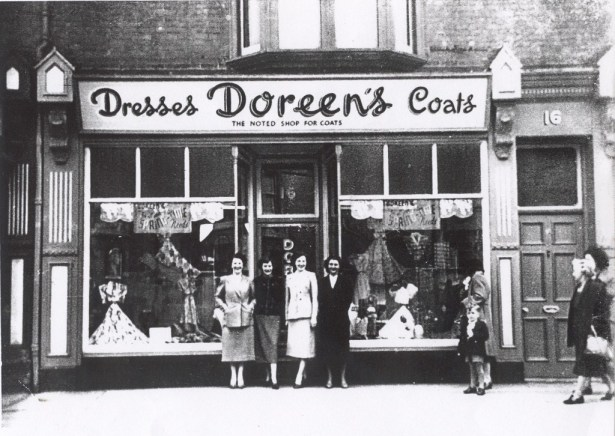 Photo of former shop on Mill Road, Doreen's coats