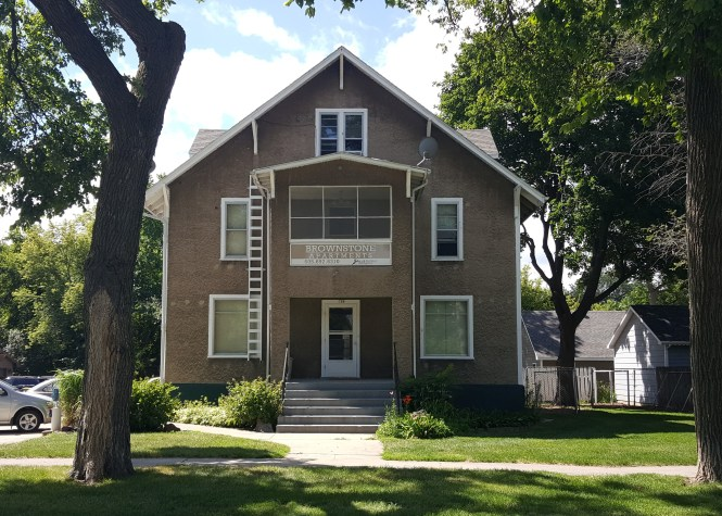 Brownstone Apartments In Brookings Sd Mills Property