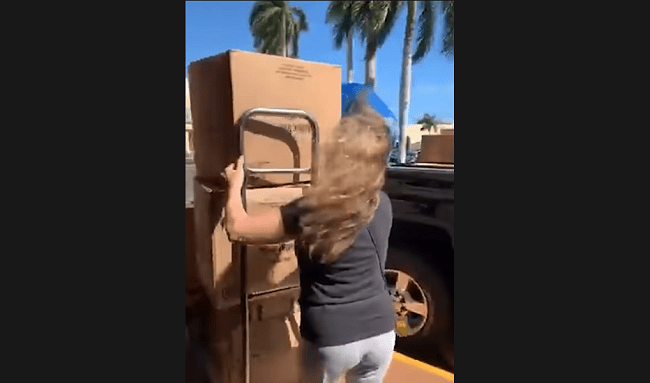 VIDEO: Florida Woman Buys Entire Store Supply Of Toilet Paper, Paper Towels, and Tissues