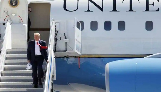 Air Force One Almost Hit By Small Drone, Witnesses Say