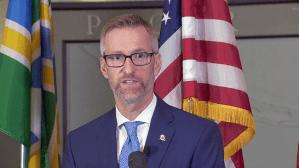 Portland Mayor Sends letter To Trump Refusing Help 'No Thanks, Portlanders Are Onto You'