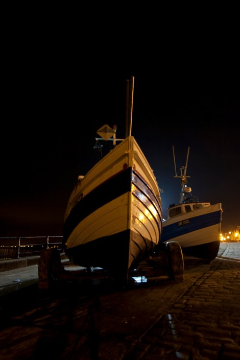 15 Filey at Night : Filey Fishermen