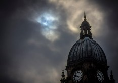 Solar Eclipse over the Leeds City Town Hall by Carl Milner © 2015