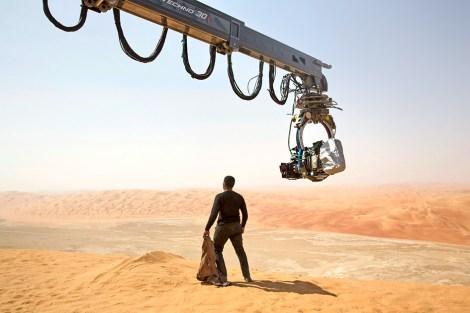 Star Wars John Boyega's Finn surveying the wastes of Jakku